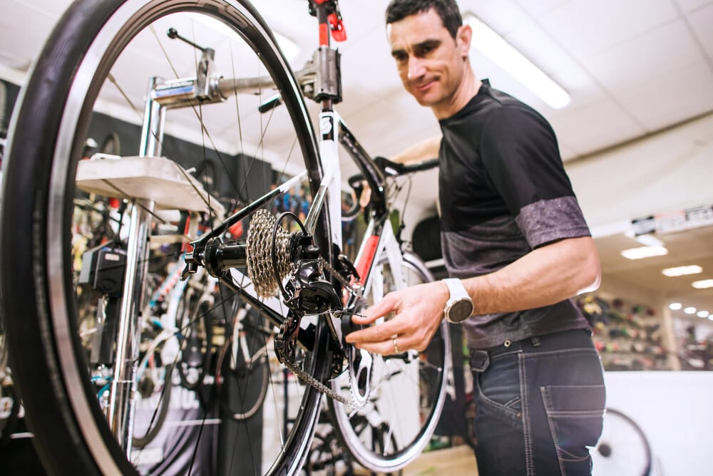 Why Your Bicycle Chains Fall Off From The Derailleur