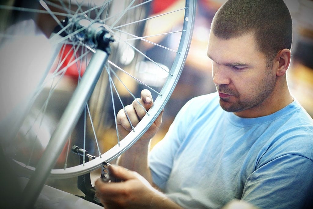 Tensioning and truing